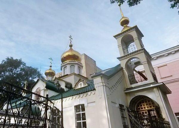 ウスペーニア教会